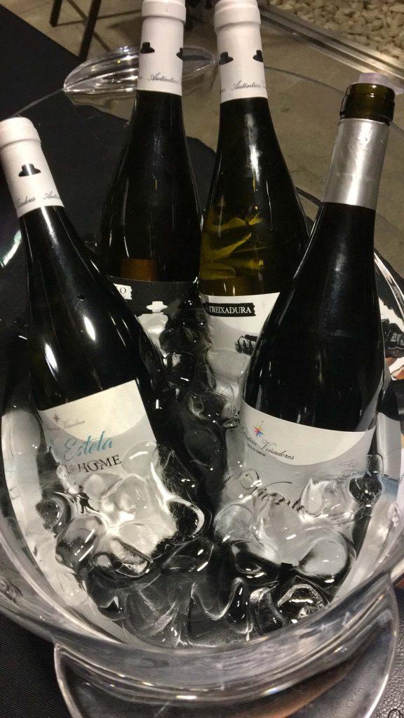 Nuestros vinos blancos enfriando